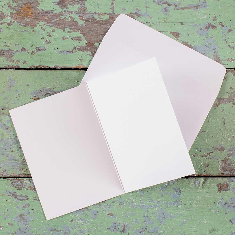 Kultamurunen taitettu kortti